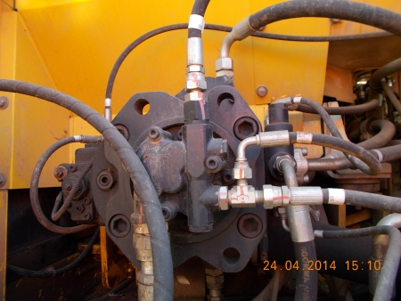 ekskavator new holland e305lc